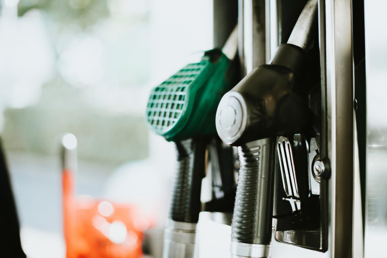 L'envolée des prix du carburant pèse sur l'activité économique. De nombreux professionnels commencent à en sentir durement l'impact.