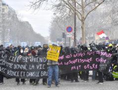 Depuis plusieurs mois, chaque samedi, nous subissons à Paris des scènes de violences, de saccages et de guerillas urbaines.