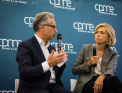 Bernard Cohen-Hadad échangeant avec Valérie Pécresse, Présidente de la Région Ile-de-France #UFE2019 Université Francilienne des Entreprises